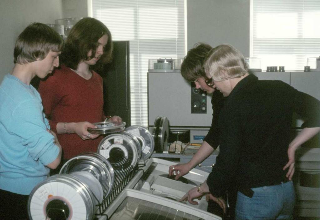 Datorerna på Tietobotnia 1974 liknade inte dagens datorer.
